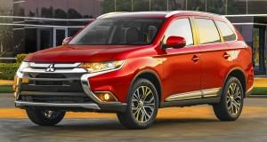 Mitsubishi OutLander màu đỏ