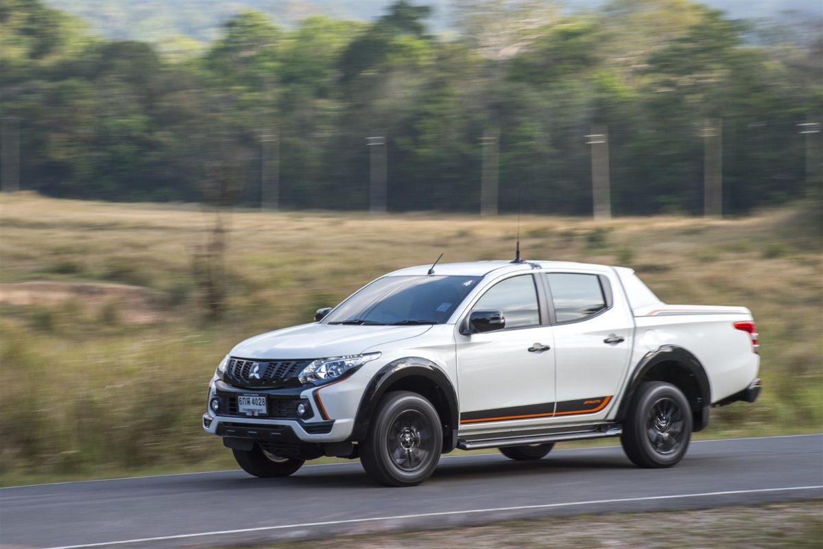 Mitsubishi-Triton-Athlete-2018-MassAutoCar-8-1200x800