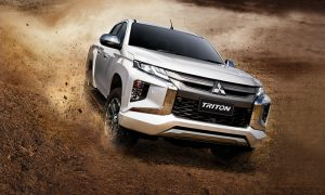 xe-ban-tai-mitsubishi-triton-2020-co-gi-de-canh-tranh-voi-ford-ranger
