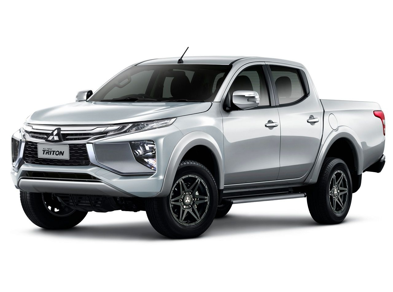 lam-the-nao-de-cham-soc-noi-that-xe-ban-tai-mitsubishi-triton-2020