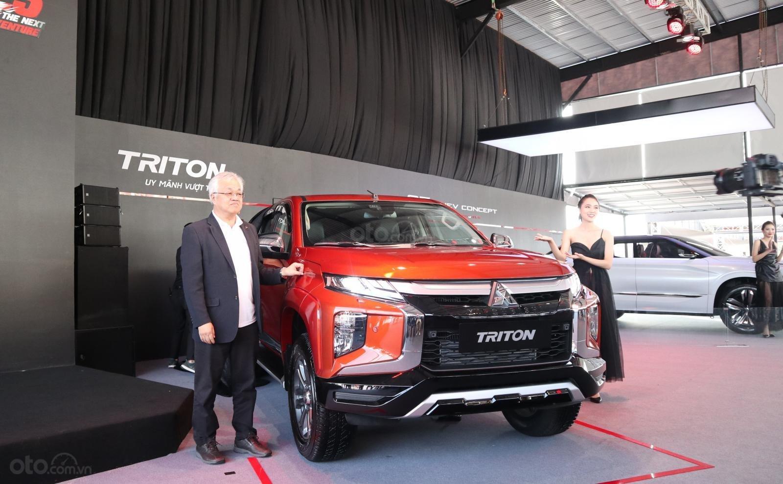 chon-mau-xe-mitsubishi-triton-2020-theo-phong-thuy