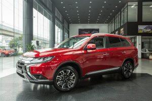 Mitsubishi-Outlander-2020